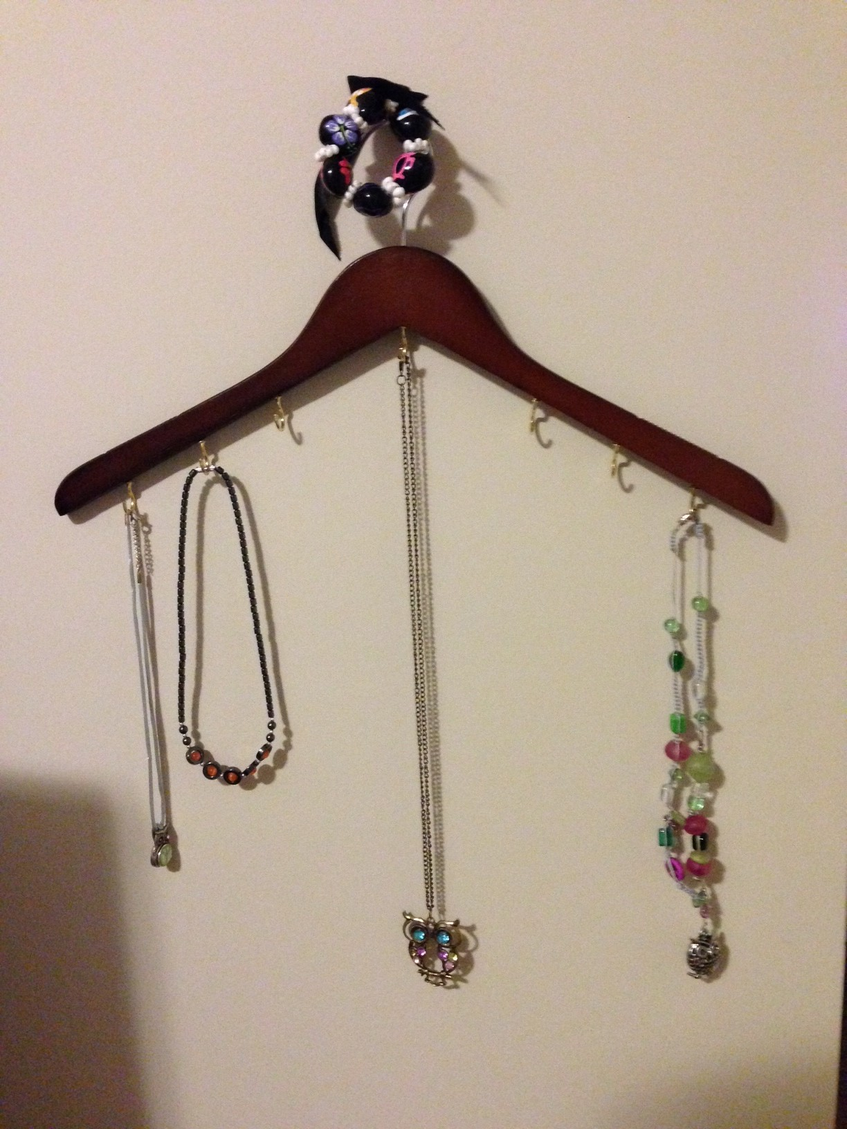 Make a Necklace Holder from a Shirt Hanger